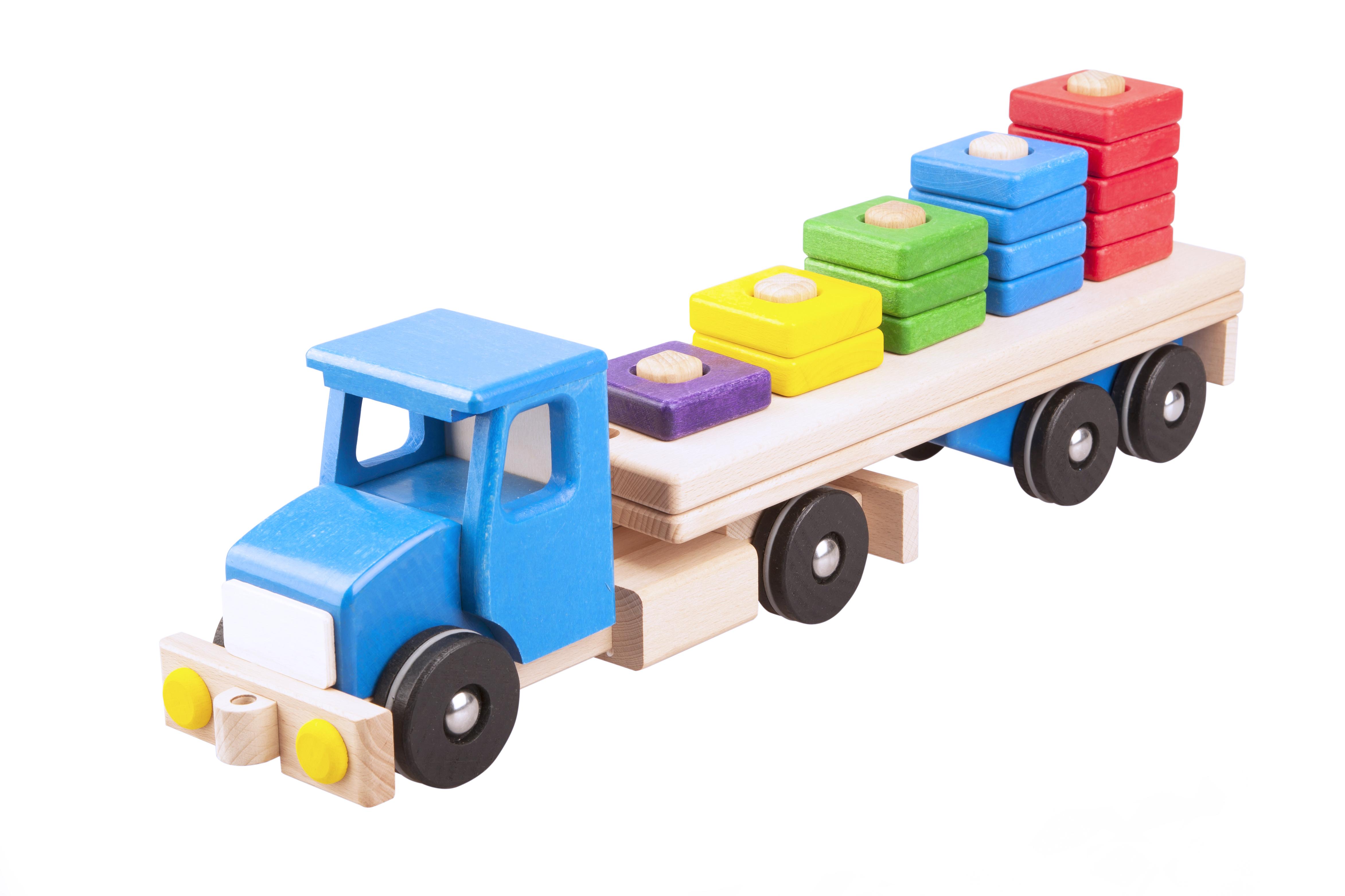 Pótkocsis teherautó piramis rakománnyal